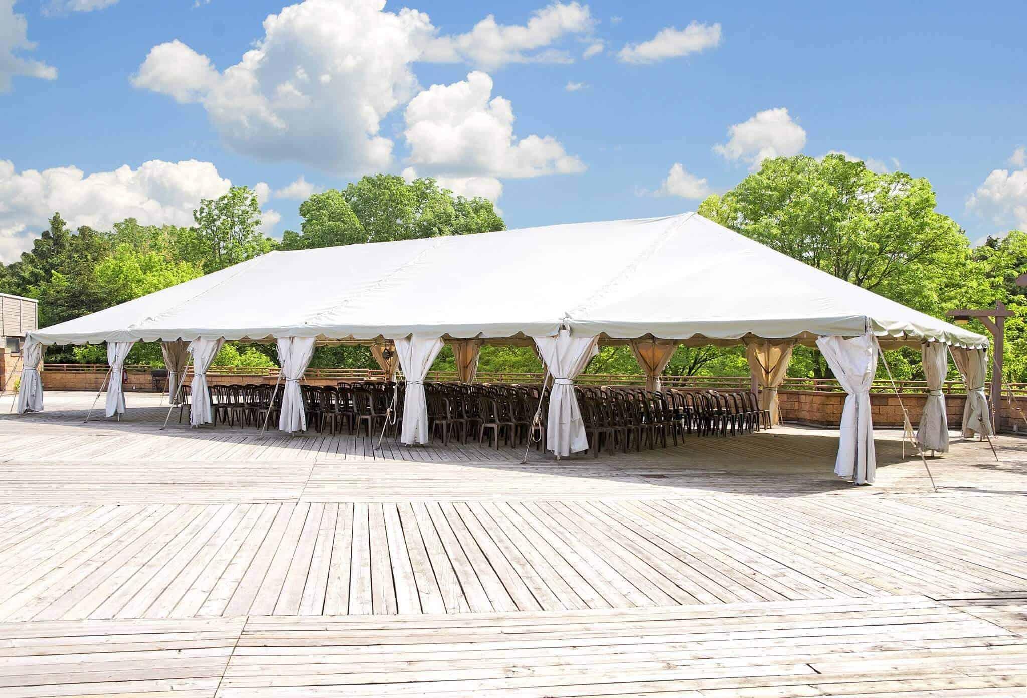 אוהל לאירועים ענק